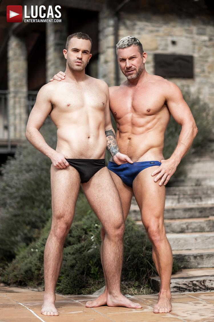 Looking for gay men dating in Jackson, MS?