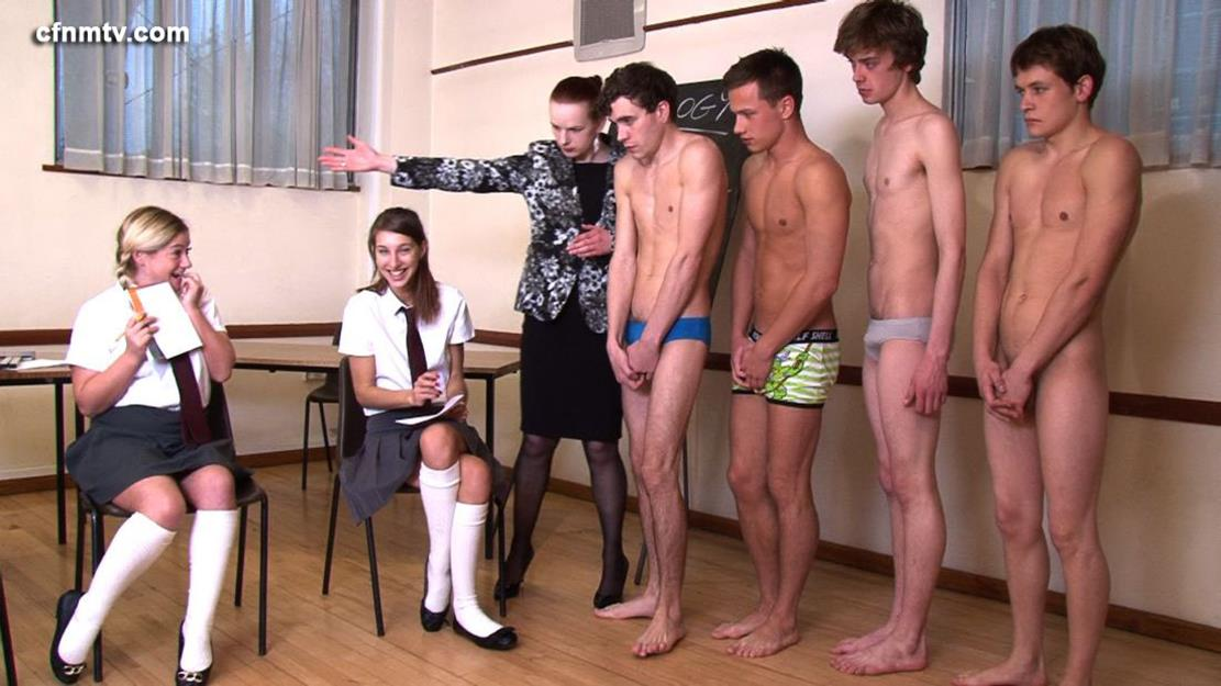 Голые Мужики В Школе