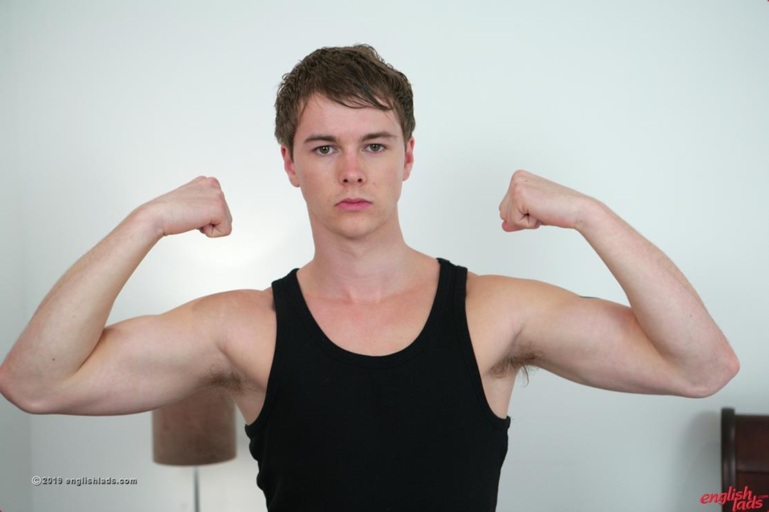 8tube young twink jerking off