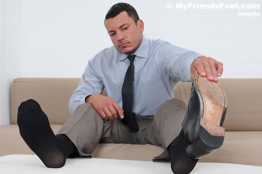MyFriendsFeet - Angelo's Socks & Bare Feet MyFriendsFeet