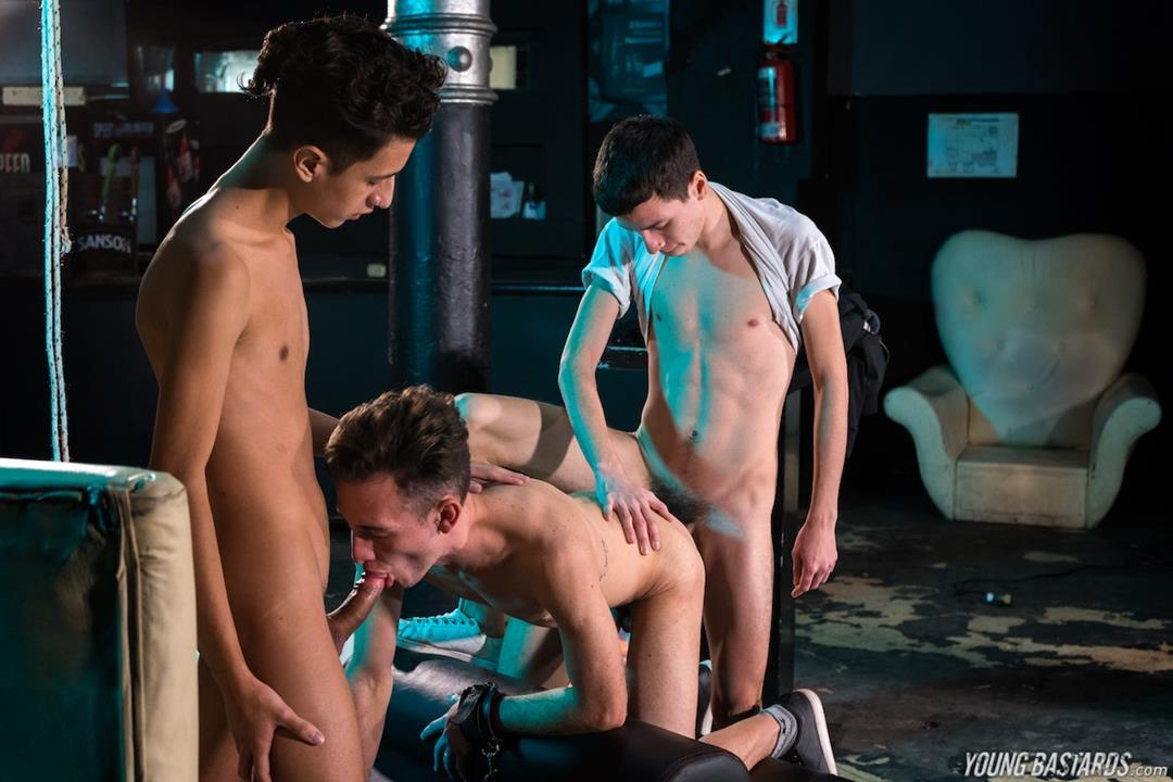 YoungBastards - Slave For A Bareback Threesome - Will Nouvak, Cesar Rose, Italo Van Newen YoungBastards