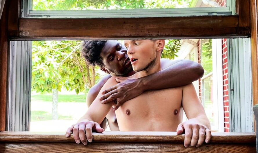MEN.com – Stuck In The Window – Bruno Cartella, Ty Shine